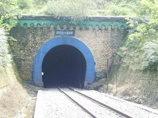 640px-terowongan2bijo