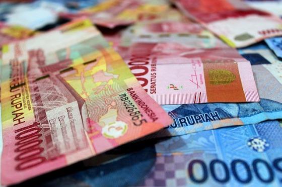 money-3431772_640